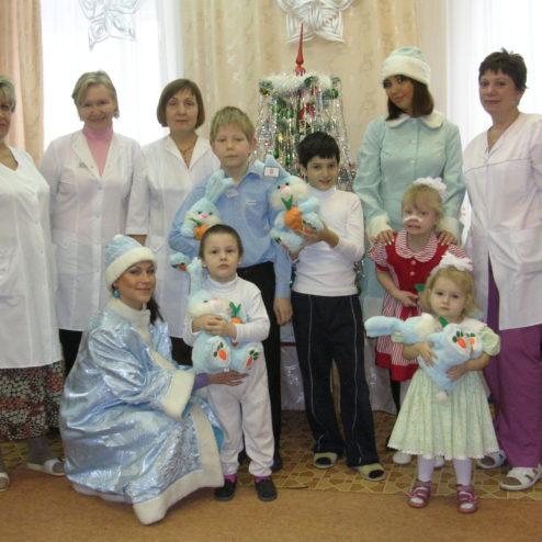 Помощники Фонда посетили Морозовскую детскую городскую клиническую больницу