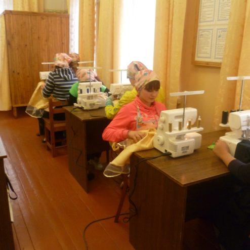 Фонд приобрел оборудование для кабинетов труда в школу-интернат детям-сиротам