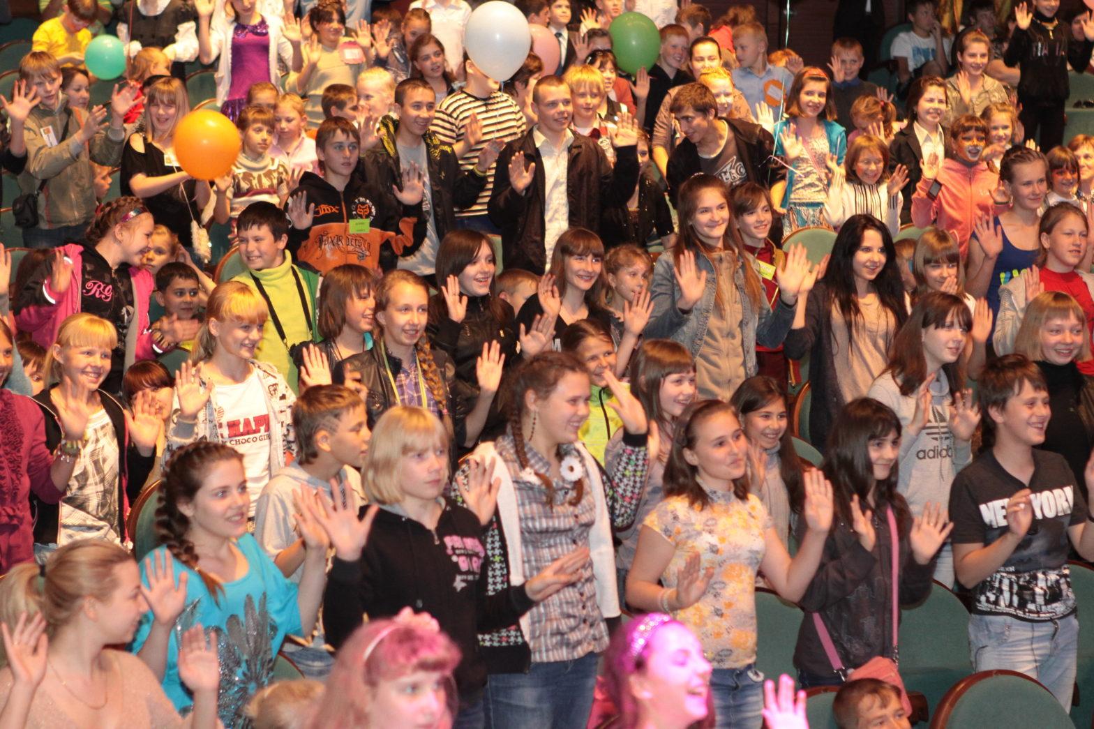 Фонд провел благотворительный праздник к Международному дню защиты детей 2012 года
